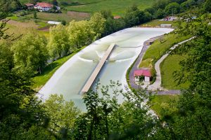 wavegarden-surfing-surf-snowdonia